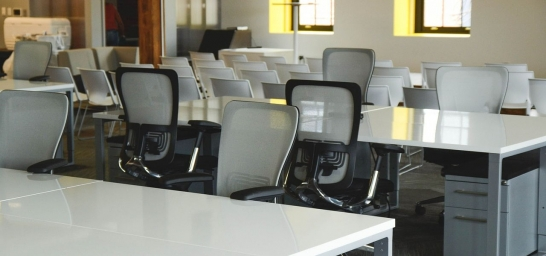 传统办公家具都有哪些地方特征
