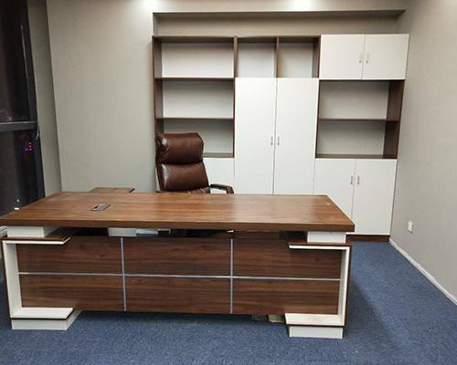 如何选择一家靠谱的办公家具