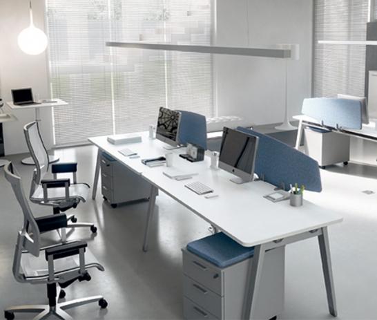 钢脚桌上屏(带活动柜)
